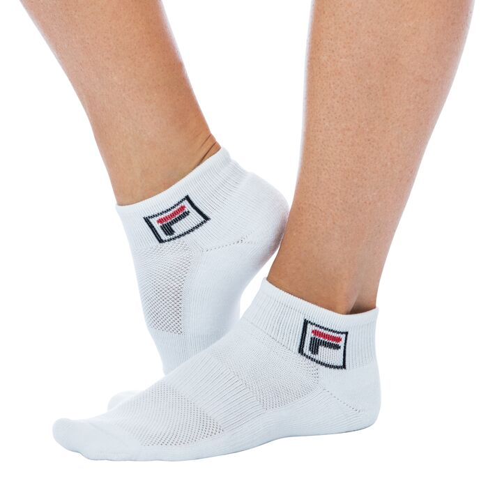 quarter socks in offwhite