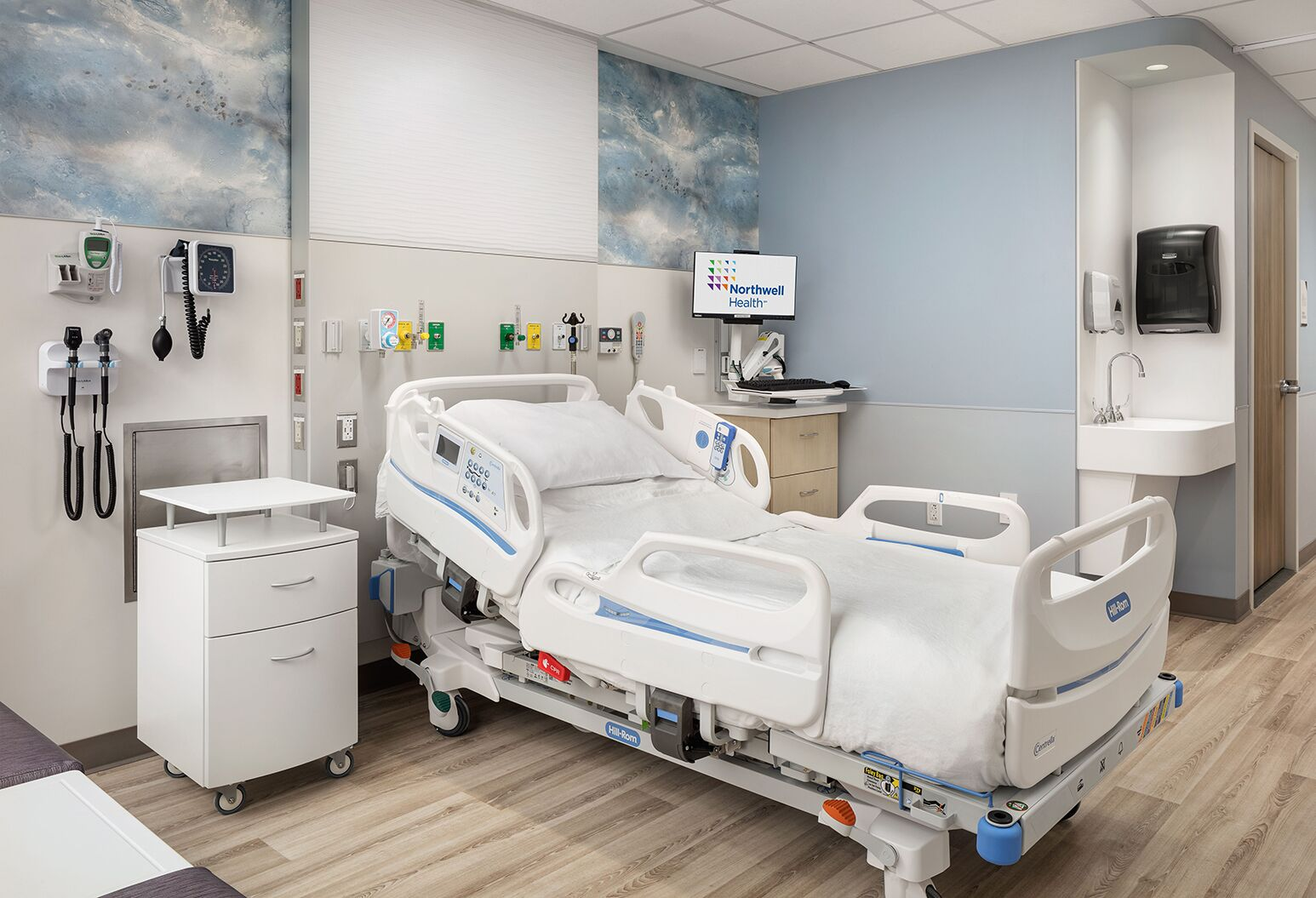Southside Hospital has created a private setting where joint replacement patients can recover and receive care after surgery.
