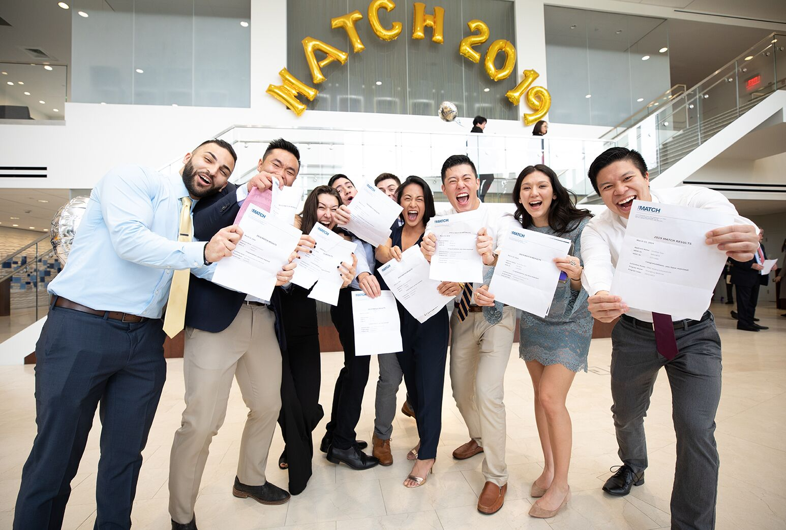 Zucker School of Medicine of Hofstra/Northwell fourth-year students celebrate a match on Match Day.