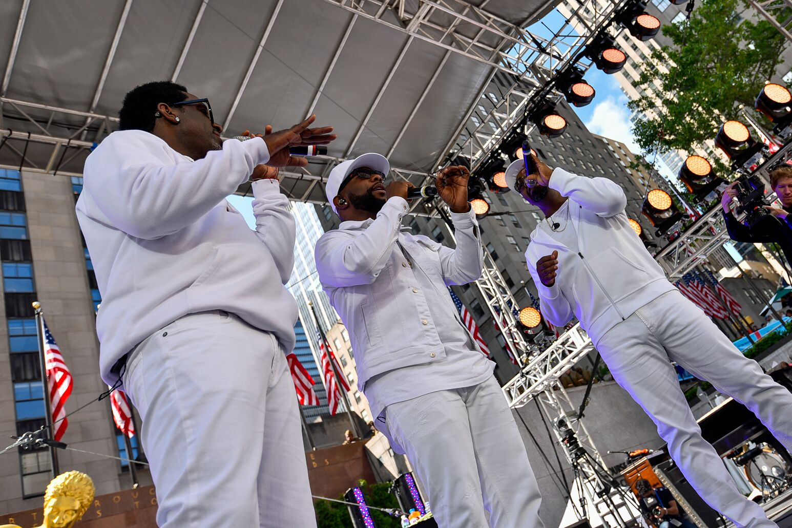 Boyz II Men perform