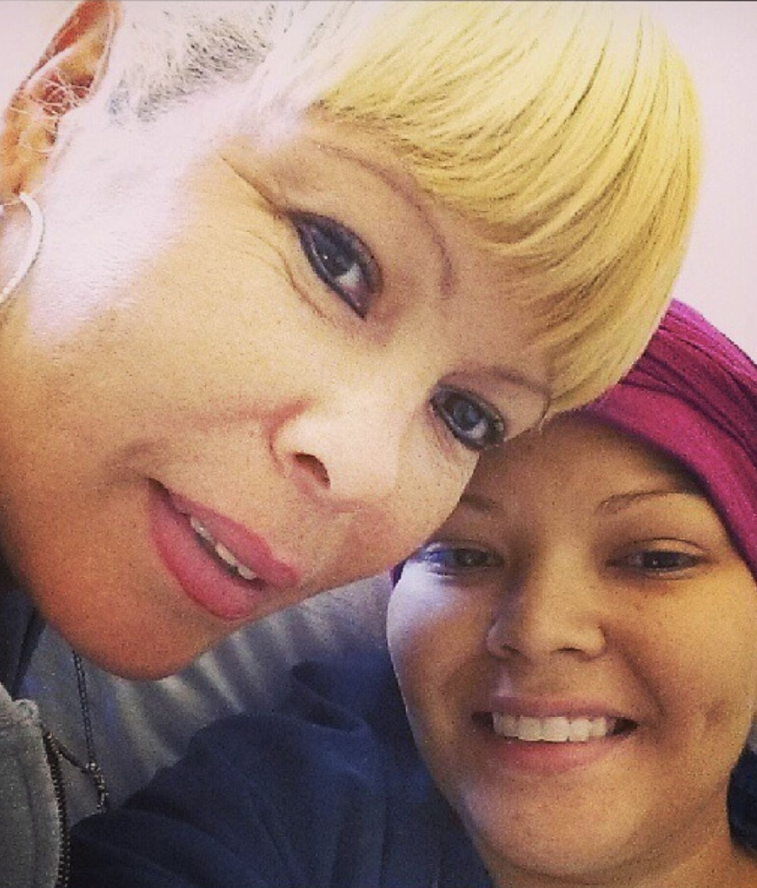 Millicent and her mom, Juanda, at a chemotherapy session