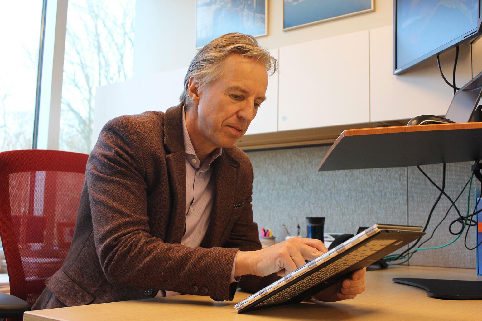 Michael Diefenbach looks at Healium