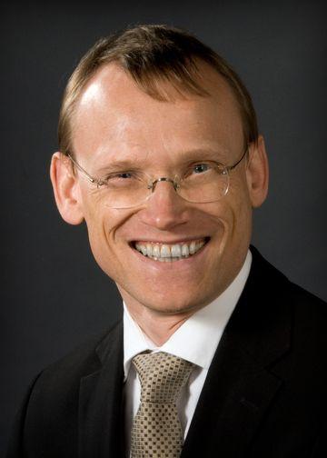 Christoph U. Correll