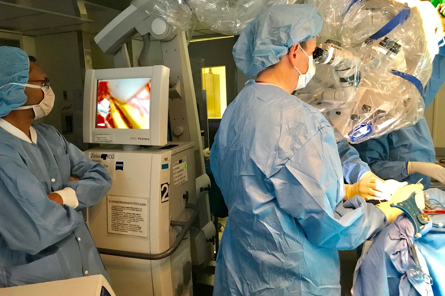 Michael Schulder, MD, and colleagues performed New York State's first intraoperative radiotherapy case to treat aggressive brain cancer.