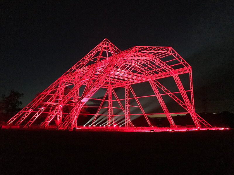 Fineline Glastonbury Pyramid in red IMG_6333