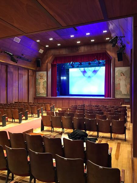 Teatro Galia - Ovation 2