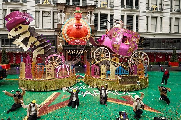 4Wall Macys Parade - Maverick 2