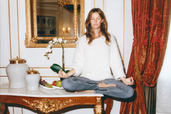Giselle Bündchen – Self Service Celebrities