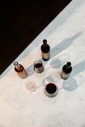Unshackled Bottle & Glasses Organic Social Image