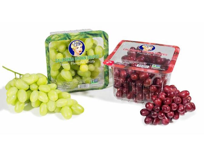 pretty-lady-grapes_web