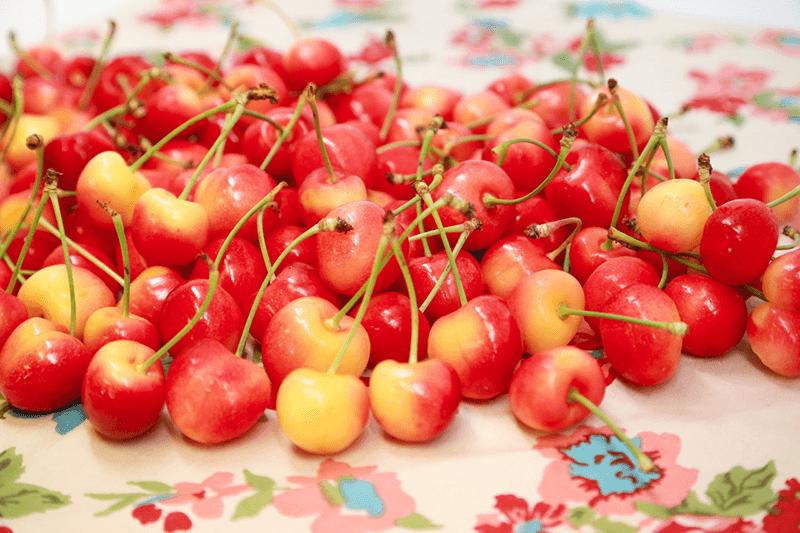 CMI-2018-rainier-cherries