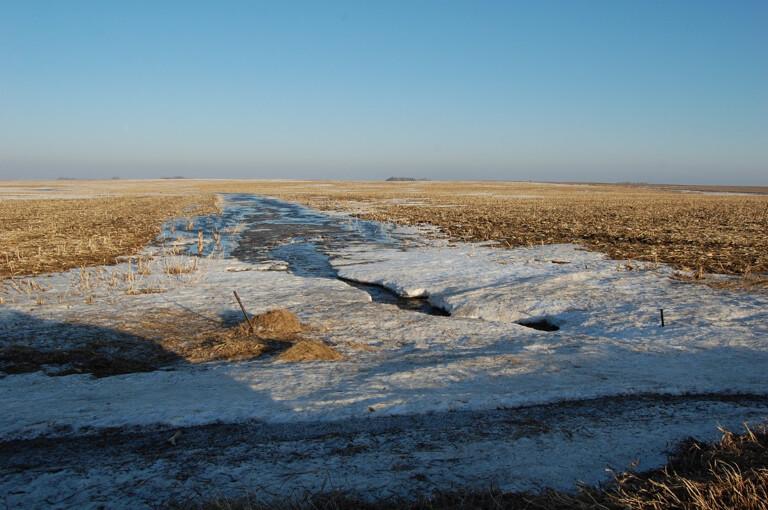 winter manure application Iowa State 1