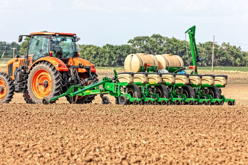 Great Plains Unveils Four New Tillage Planting Machines Agweb Com